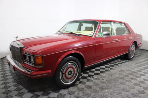 Pre-Owned 1985 Rolls-Royce Silver Spur