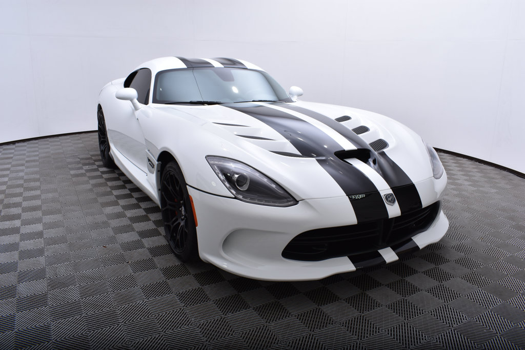 Pre-Owned 2015 Dodge SRT Viper 2dr Coupe GTS