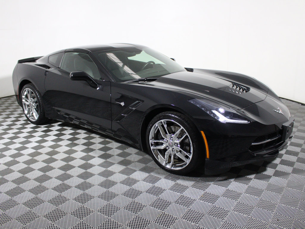 Pre-Owned 2015 Chevrolet Corvette 2dr Stingray Z51 Coupe w/3LT
