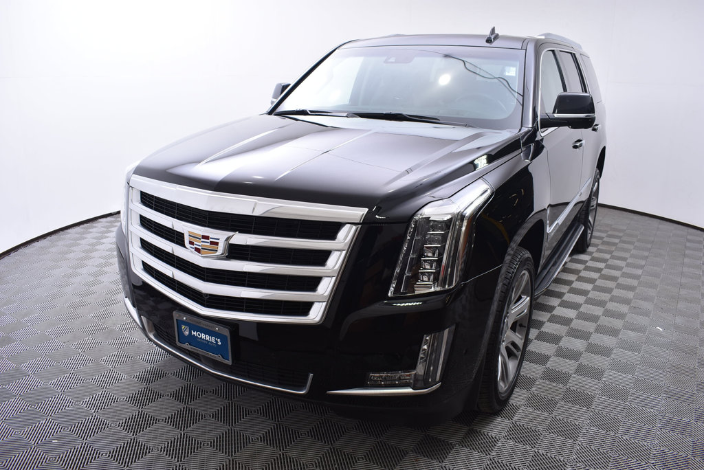 Pre Owned 2017 Cadillac Escalade 4wd 4dr Premium Luxury Suv In