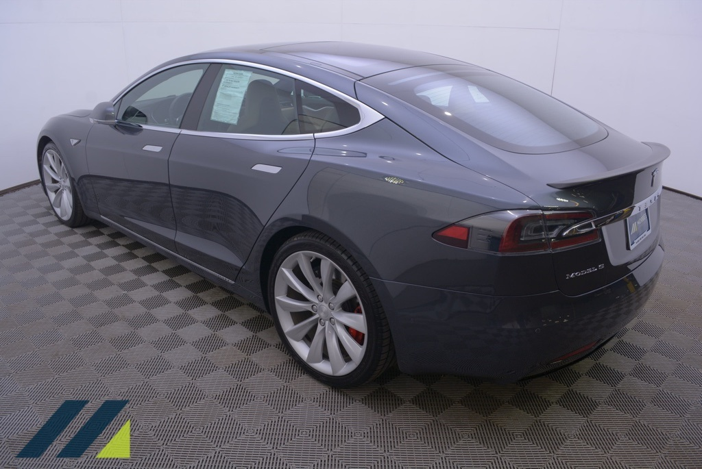 Pre-Owned 2016 Tesla Model S P90D