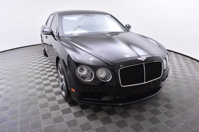 Pre-Owned 2018 Bentley Flying Spur V8