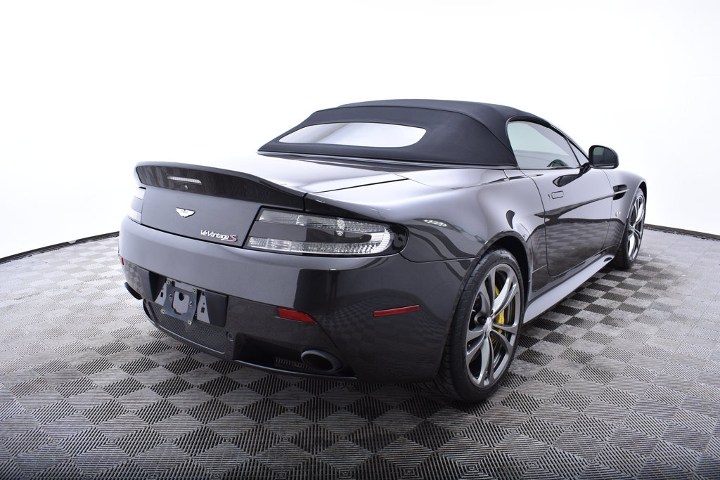 Pre-Owned 2015 Aston Martin V12 Vantage 2dr Convertible S