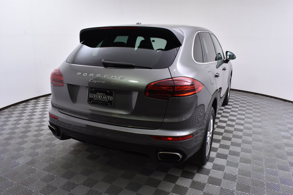 Pre-Owned 2016 Porsche Cayenne AWD 4dr