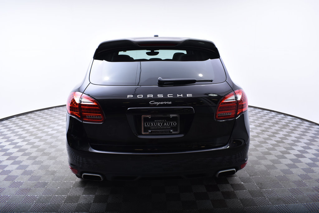 Pre-Owned 2014 Porsche Cayenne AWD 4dr Platinum Edition