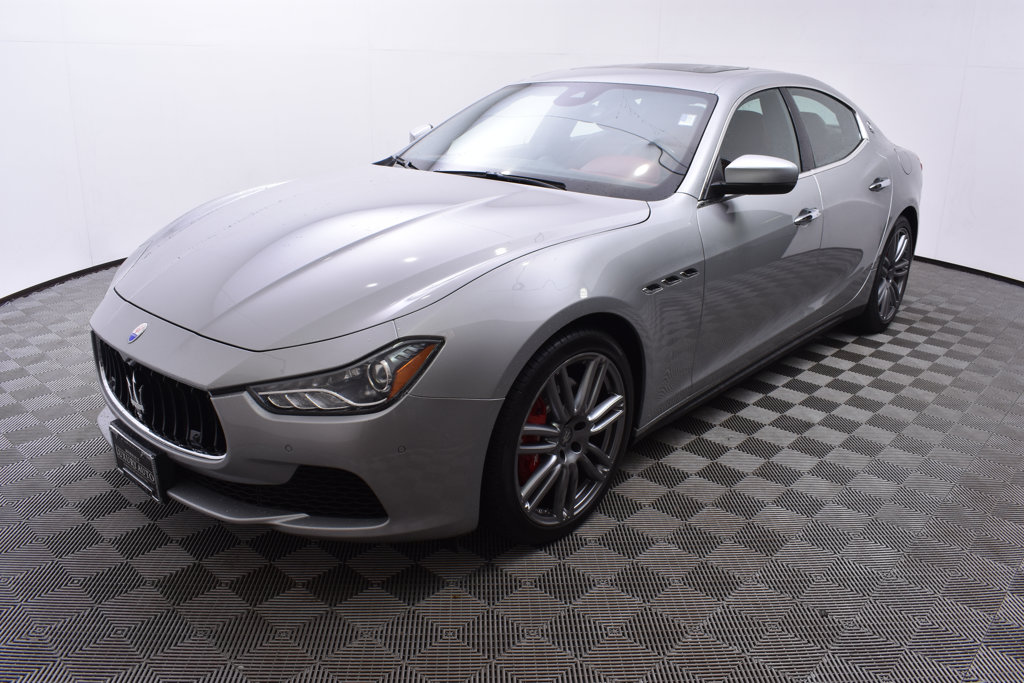 Pre Owned 2017 Maserati Ghibli S Q4 3 0l Sedan In Golden Valley